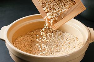 お米がよりおいしくなる土鍋の力