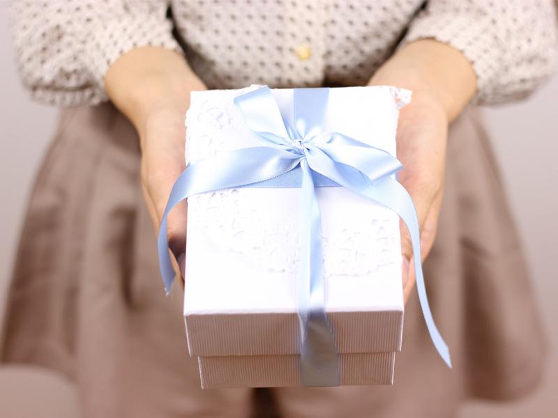 内祝を手渡ししたい。どのような形式で渡すのがいい?
